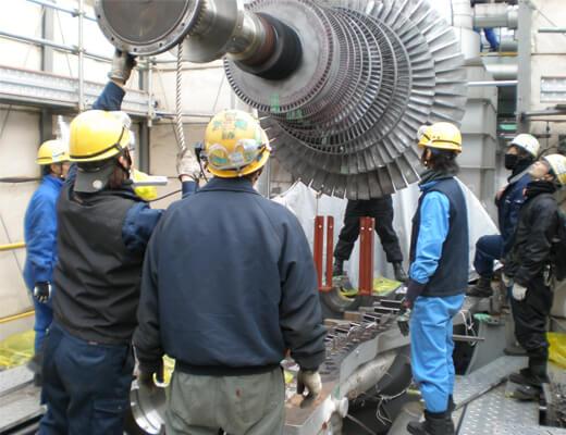 バイオマス発電所高圧タービン:ローター吊上~搬出作業