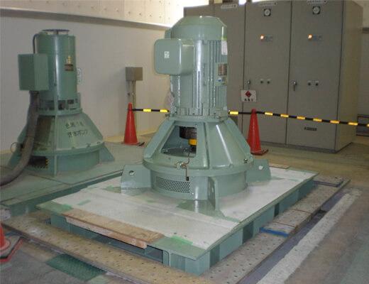 P4120004汚水ポンプ:据付